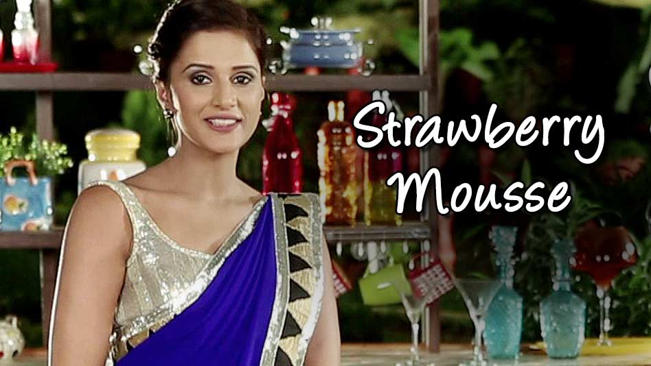Watch Shipra's Kitchen - Strawberry Mousse on Eros Now