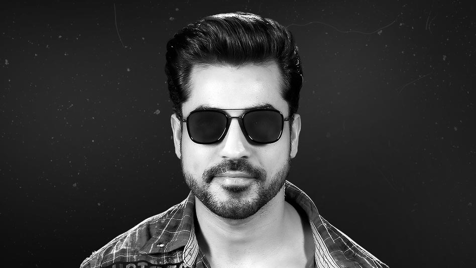 Watch Black & White Interviews - Gautam Gulati on Eros Now
