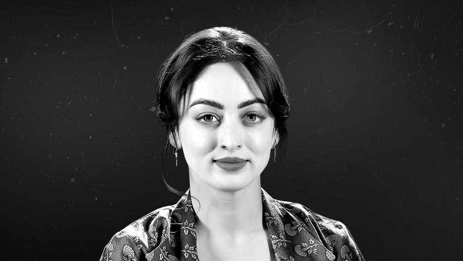 Watch Black & White Interviews - Sandeepa Dhar on Eros Now