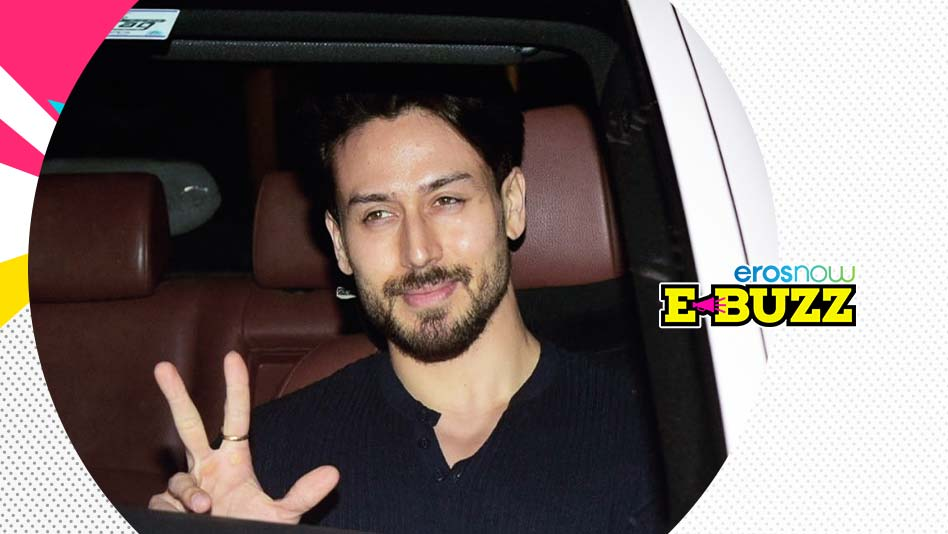 Watch E Buzz - B-Town Celebs At A Film Screening In Mumbai on Eros Now