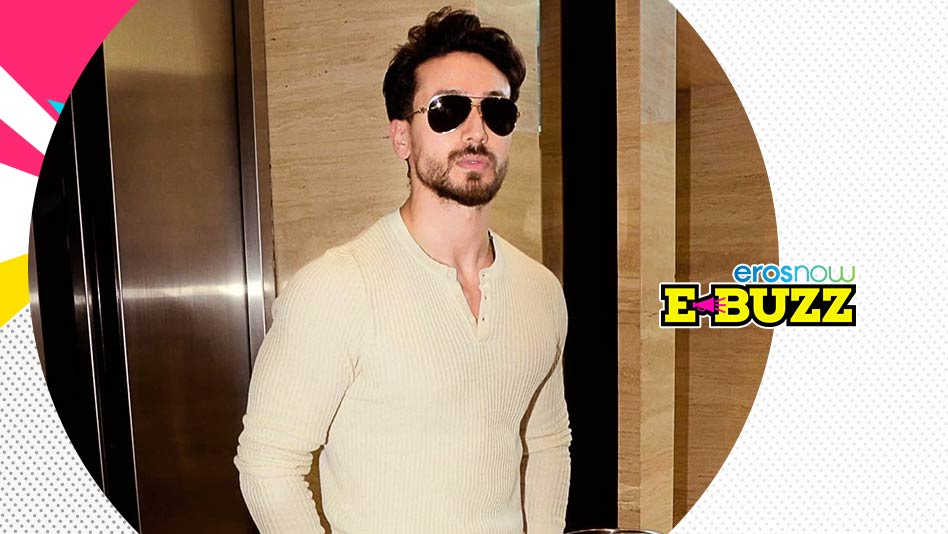 Watch E Buzz - Tiger Shroff At An Event In Mumbai on Eros Now