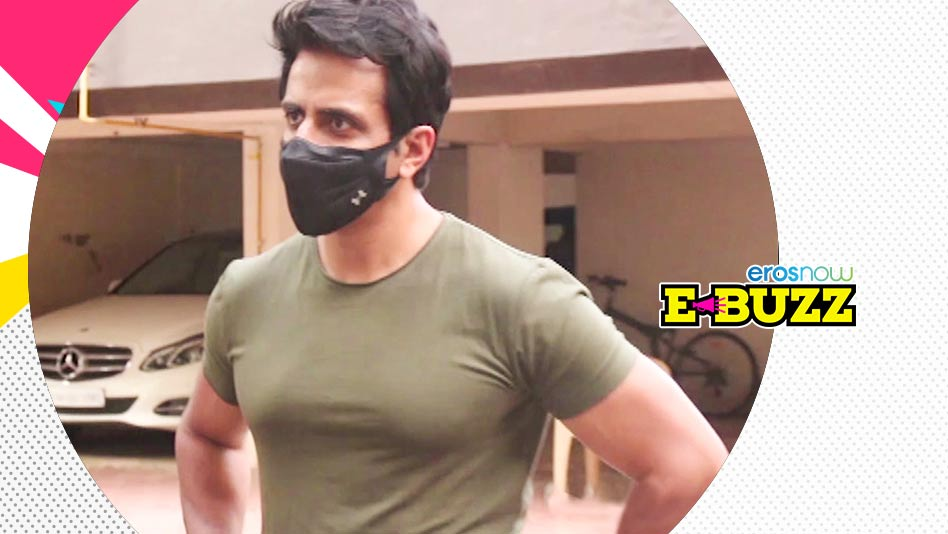 Watch E Buzz - The Benevolent Sonu Sood Helps a Boy in Distress on Eros Now