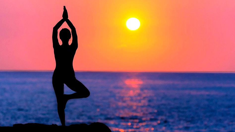 Watch Yoga Vibes ft. Mansi Gulati - Namaste! on Eros Now