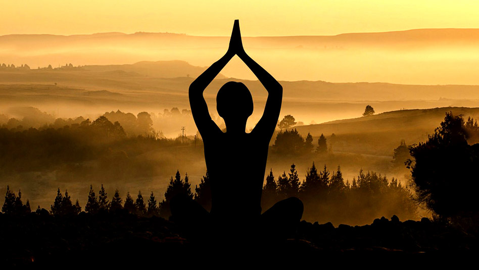 Watch Yoga Vibes ft. Mansi Gulati - Emotionally Balanced on Eros Now