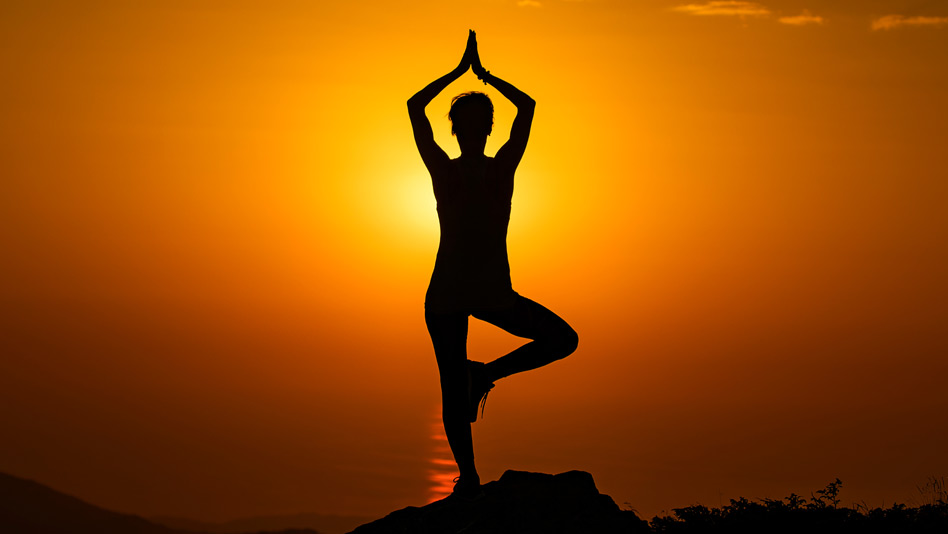 Watch Yoga Vibes ft. Mansi Gulati - The key to self-confidence! on Eros Now